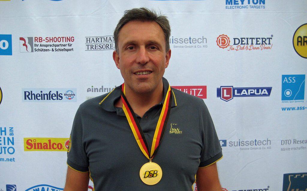 Pierre Michel, Sieger der deutschen Meisterschaft 10m Luftpistole Herrenklasse II im Jahr 2019